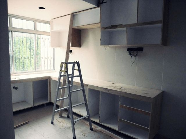 Tempoh masa yang diperlukan untuk menyiapkan kabinet dapur tersebut bergantung sepenuhnya pada usaha dan kelapangan masa anda Jadi untuk menjimatkan masa
