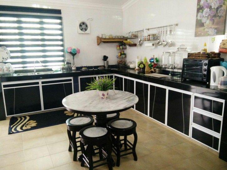 Dapur dan tempat makan pula adalah nadi kehidupan di tersebut Berikan keselesaan bagi yang memasak kerana bila dia selesa dengan ruang kerjanya