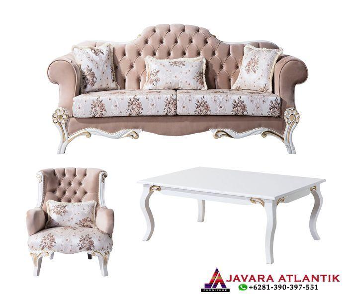 Konsep Perabotan Ruang Tamu Dengan Kursi Sofa Mewah