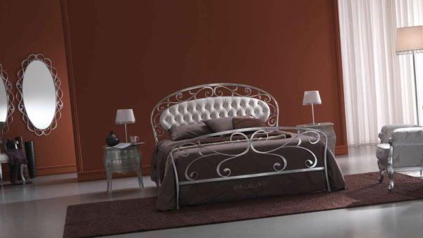 bilik tidur fesyen logam katil Reka bentuk klasik tempa besi katil katil kepala kulit putih