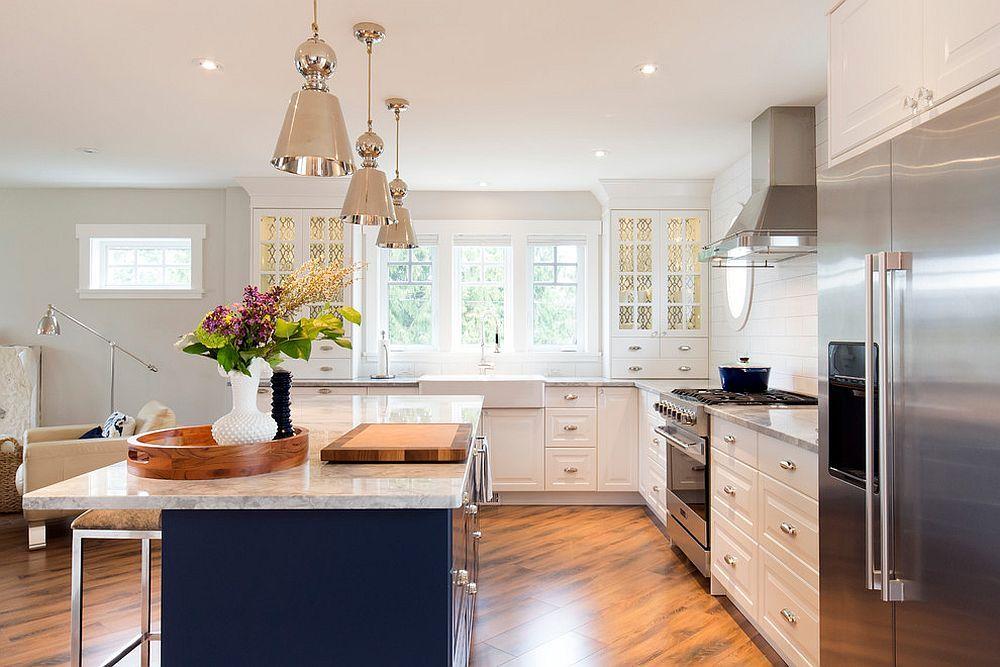 VIEW IN GALLERY Gabungan aksesori logam menjadi trend hot dalam hiasan dalaman dapur terkini