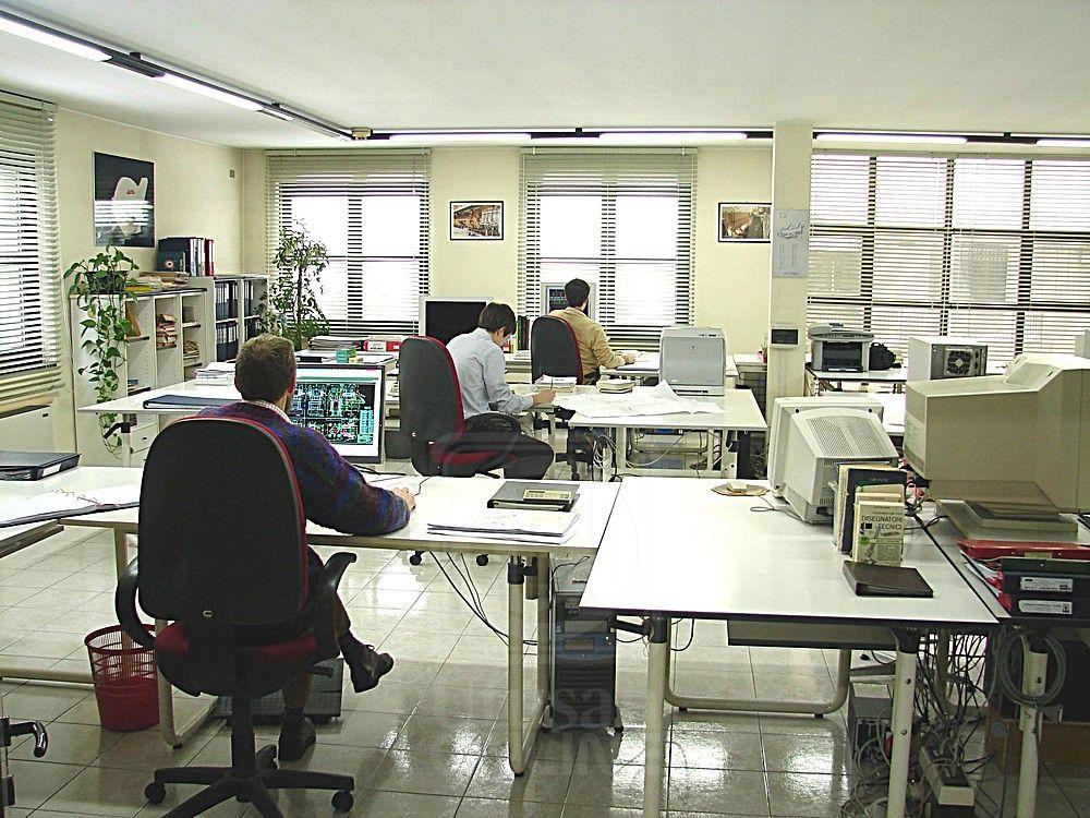 Hiasan Dalaman Office Baik Menggunakan Harta Syarikat Agama Utusan Line