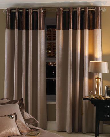 Pilih tema hiasan anda berpandukan warna stail dan bentuk pattern yang anda suka Gunakan beberapa perabot bersaiz kecil dalam dekorasi anda