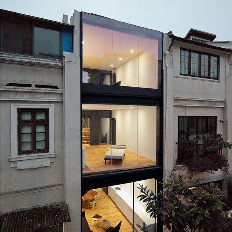 Ini jenis townhouse tiga tingkat di Shanghai China Asalnya ia digunakan oleh satu keluarga sahaja tetapi telah diubah suai menjadi tiga apartment