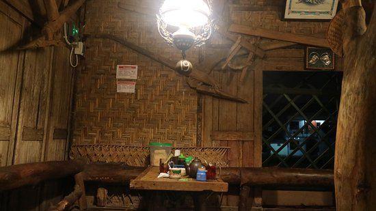 Hiasan Dalaman Rumah Taman Menarik Perabotan Antik Jawa Sebagai Hiasan Dalam Resto Picture Of Bakmi