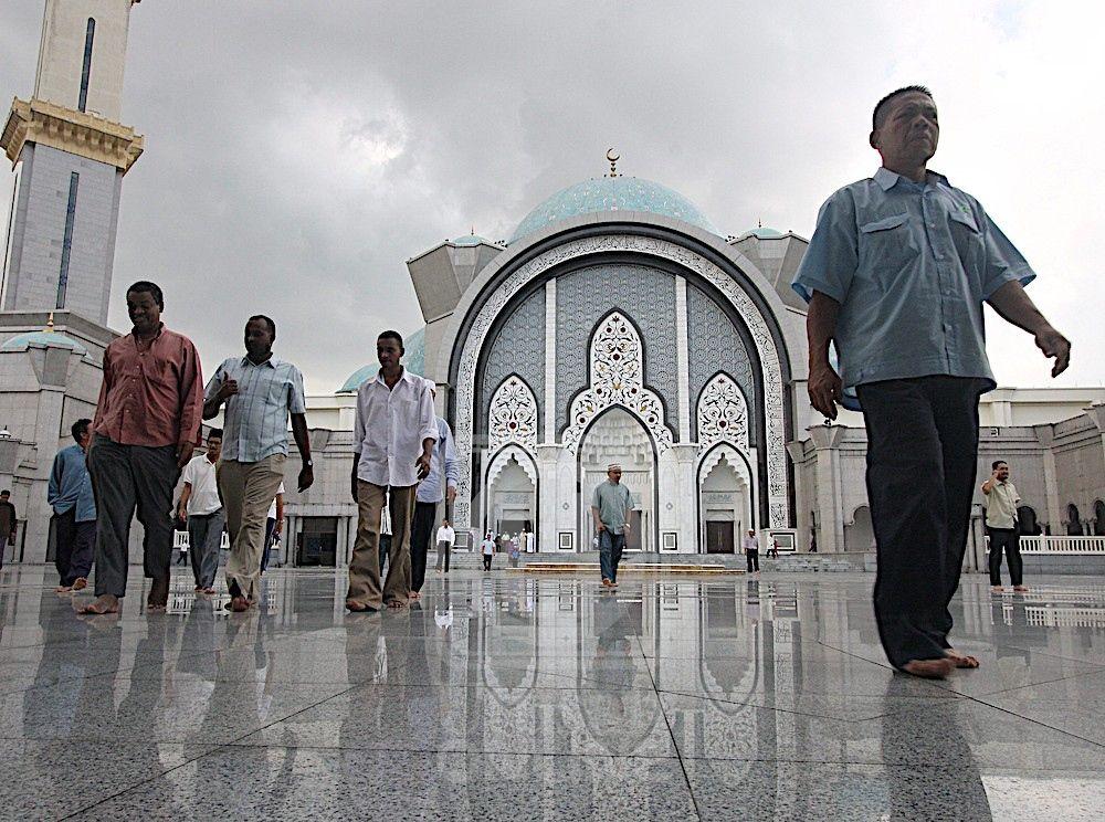 Hiasan Dalaman Surau Sekolah Penting Kecewa Jawi Jais Utamakan Warga asing forum Utusan Line