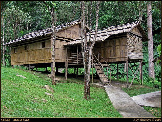 Selain panjang terdapat individu seperti Rumah Bajau di Kota Belud dan Rumah Banggi di Pulau Balambangan buluh di Tambunan dan Rumah