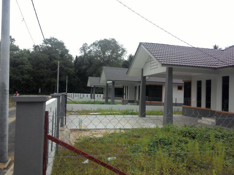 Rumah Banglo berdekatan Universiti Malaysia Kelantan dan Kompleks Sekolah Tangok Bachok Kelantan Lokasi Berdekatan SMK Dato Perdana Berdekatan UMK