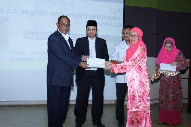 Pengerusi Jawatankuasa Penyelarasan NGO i MAIS Datuk Mohd Shukri Dahlan berkata bantuan bukan hanya dari sudut kewangan tetapi turut merangkumi khidmat