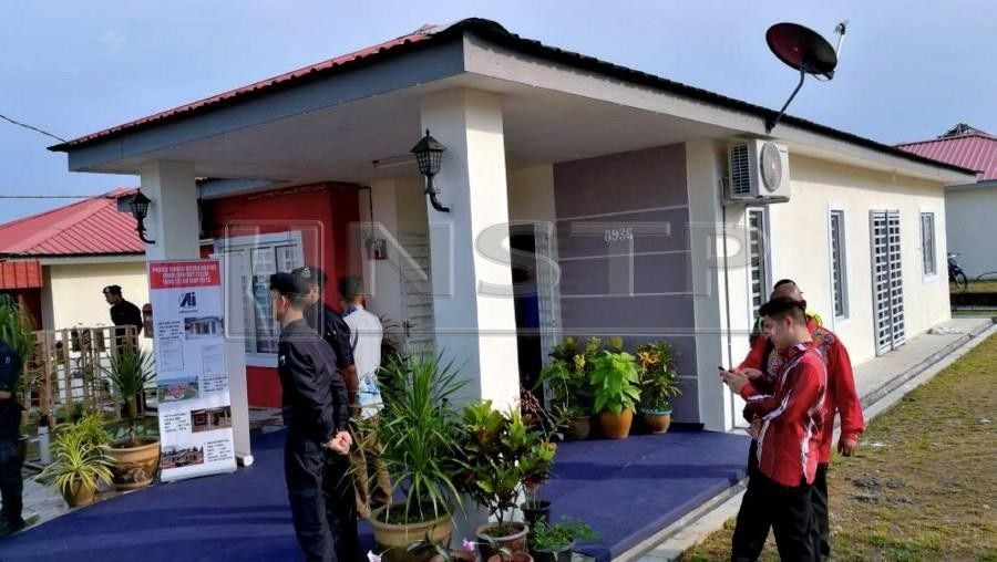 A file picture of Rumah Mesra Rakyat 1Malaysia RMR1M Felda Second Generation in Felda Sungai Sayong Kulai NSTP ZULKARNAIN AHMAD TAJUDDIN