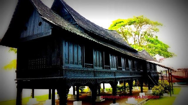 Pelan Rumah Tradisional Melayu Power Pin by Zuraini Zamri On Malaysia Heritage Building