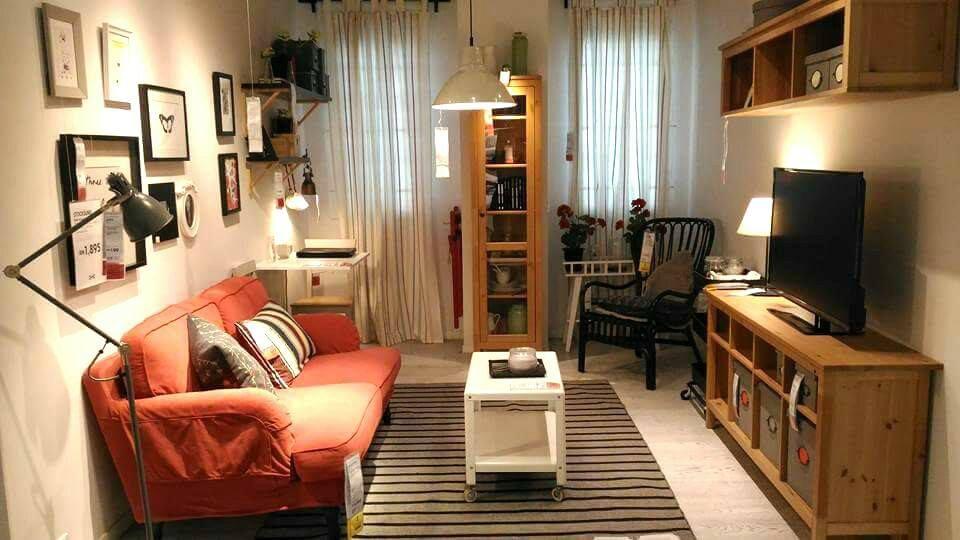 VIEW IN GALLERY Hiasan dalaman ruang tamu apartment menggunakan barang ika