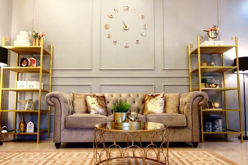 Dekorasi ruang tamu yang berinspirasikan hiasan dalaman hotel cukup mewah dan elegan Foto Ihsan NURLAILAH KHADIJAH AWALUDDIN