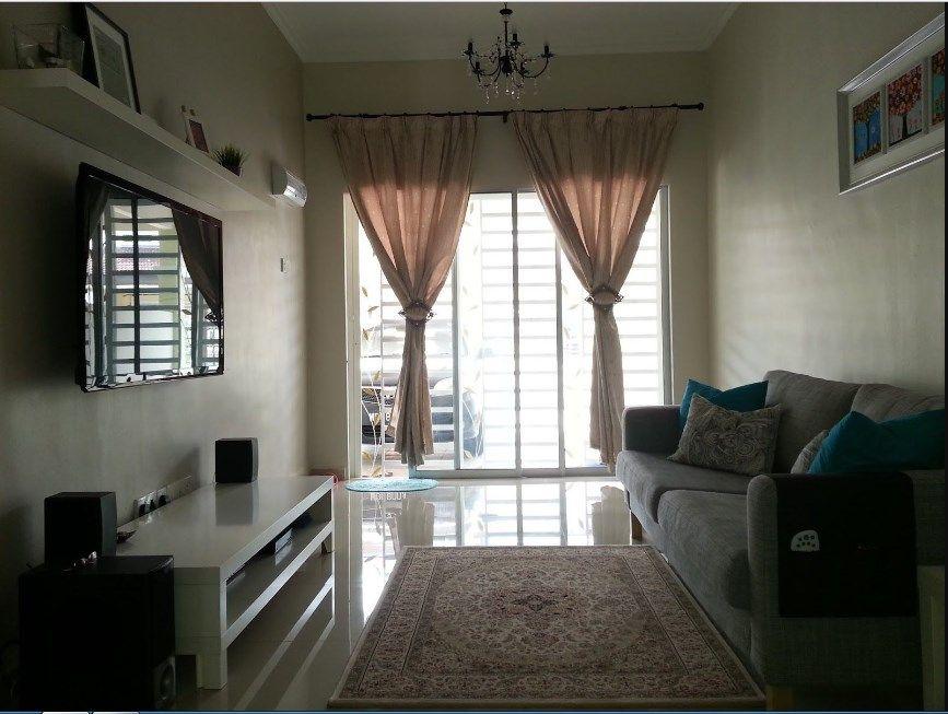 Dekorasi Ruang Tamu Rumah Teres