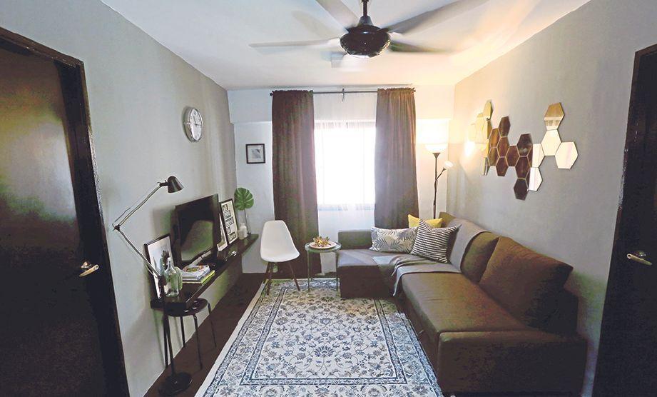 Susun atur Menarik Ruang Tamu Rumah Flat Penting Warna Bertenaga Beri Hasil Klasik Santai