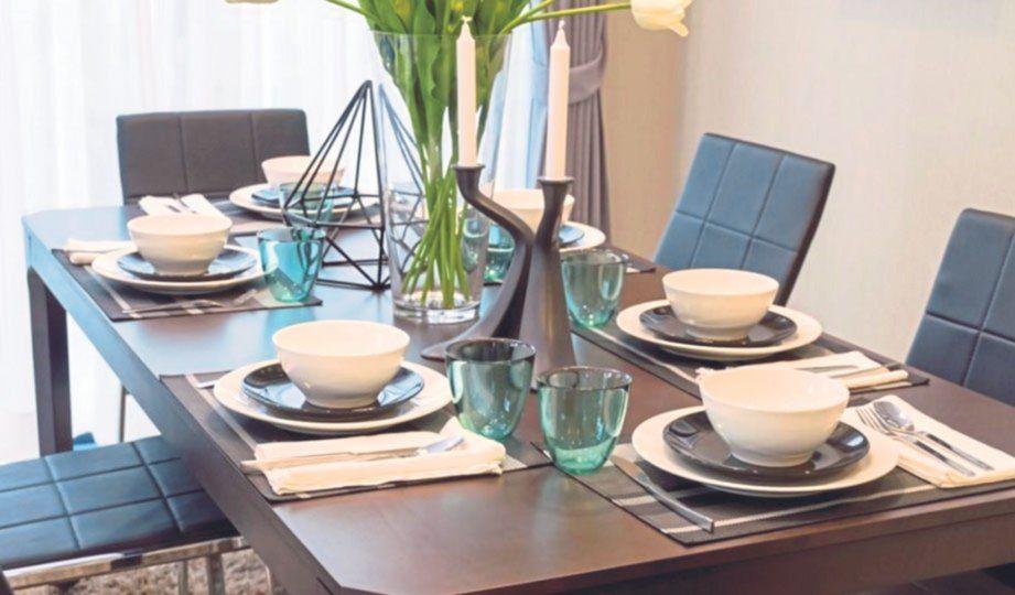 Susun atur Menarik Sudut Rumah Meletup Meja Makan Terbuka