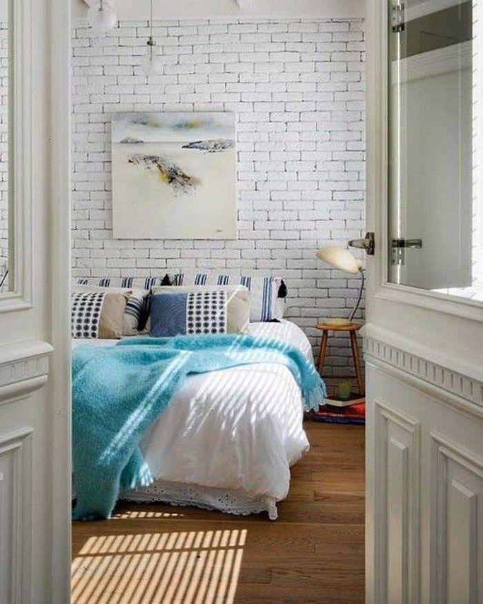 Dinding bata putih di bagian dalam pilih a dekorasi