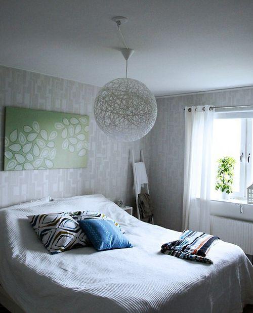 Model ini dibentangkan dalam foto sesuai untuk bahagian dalam bilik tidur romantik Untuk perkilangan tulle kasar akan diperlukan