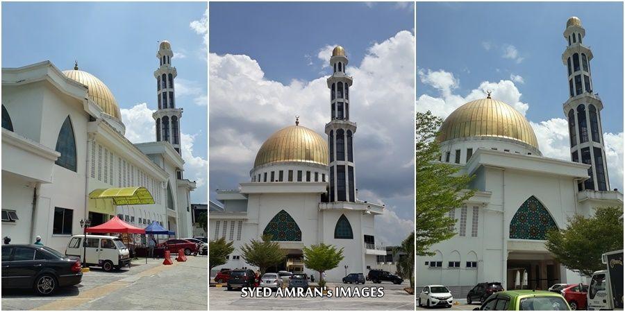 Kubah emas masjid ini adalah dikatakan mirip dengan kubah Masjid Al Aqsa