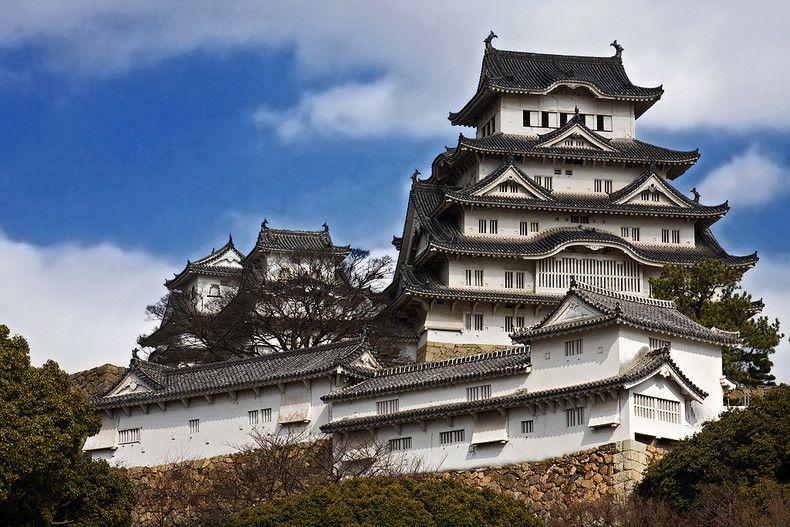 tertua di Jepun yang telah wujud sewaktu tahun 1594 lagi Matsumoto Castle adalah sebuah istana yang menakjubkan dengan hiasan dalaman yang masih asli