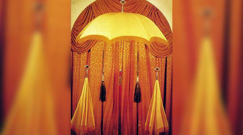 Cara Untuk Hiasan Rumah Sukan Kuning Penting 6 Alat Lambang Kedaulatan Raja Raja Melayu