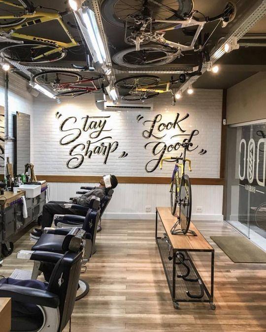 Dekorasi Salon Dan Barbershop Menggunakan Mural Dan Stiker Keren