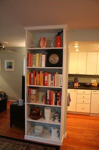 susun buku a dekorasi rak buku di dapur