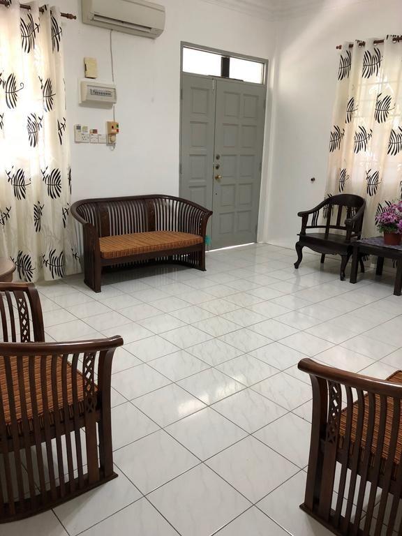 Ruang duduk di Just Homestay Miri