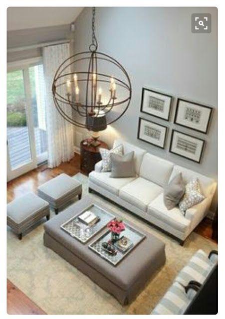 Ini gambar susunatur perabot di ruang tamu Manakah agaknya susunatur perabot yang sesuai