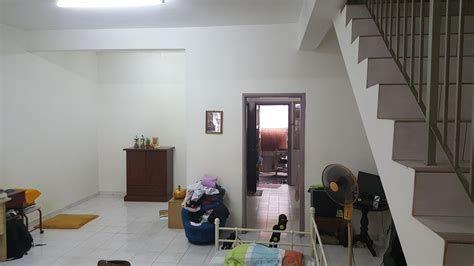Cara Untuk Susun atur Menarik Ruang Tamu Rumah Flat Hebat 25 Ruang Tamu Malaysia Pics sofpaper