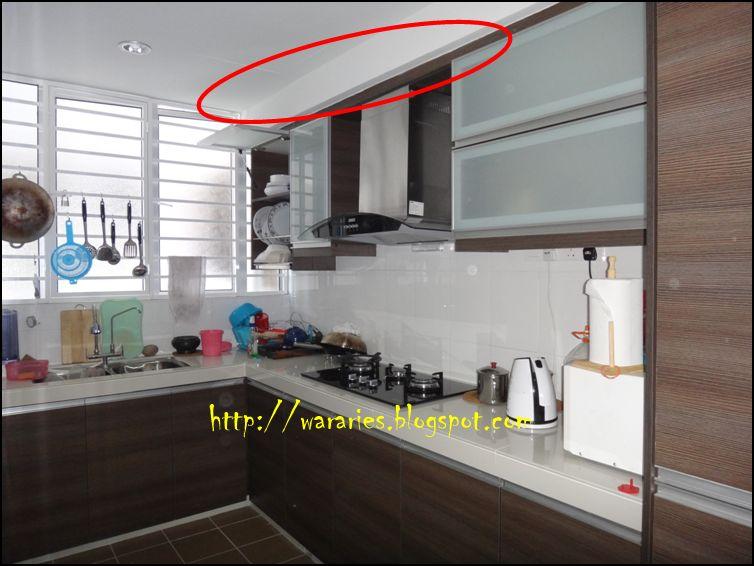 sebahagian kecil di hadapan dua bilik air Plaster ceiling di dapur tu bertujuan untuk tutup paip yang terjojol keluar kat bahagian siling