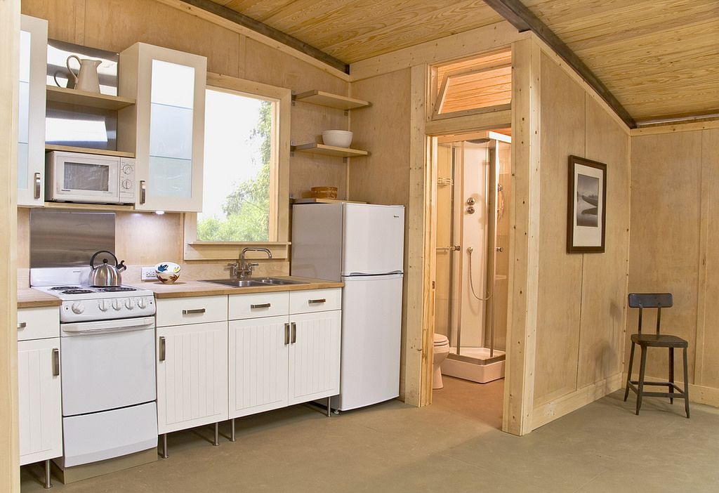 kabinet dapur ruang kecil · menghias dapur yang kecil