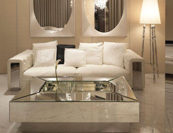 Tips menggunakan cermin pada dinding selalu digunakan oleh kebanyakan pakar hiasan dalaman untuk pastikan ruang nampak lebih luas