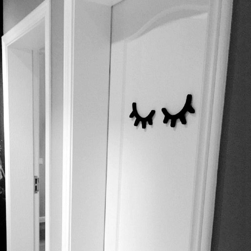 Mode Senyum Bulu Mata Mata Hiasan Dinding Anak anak Kamar Tidur Pintu Kayu Dinding Dekorasi Rumah ukuran besar dari 1 pair di Hooks & Rails dari Rumah