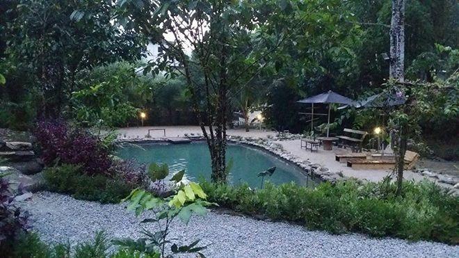 Selain berkonsepkan kebun juga berkonsepkan suasana kampung dan tradisional