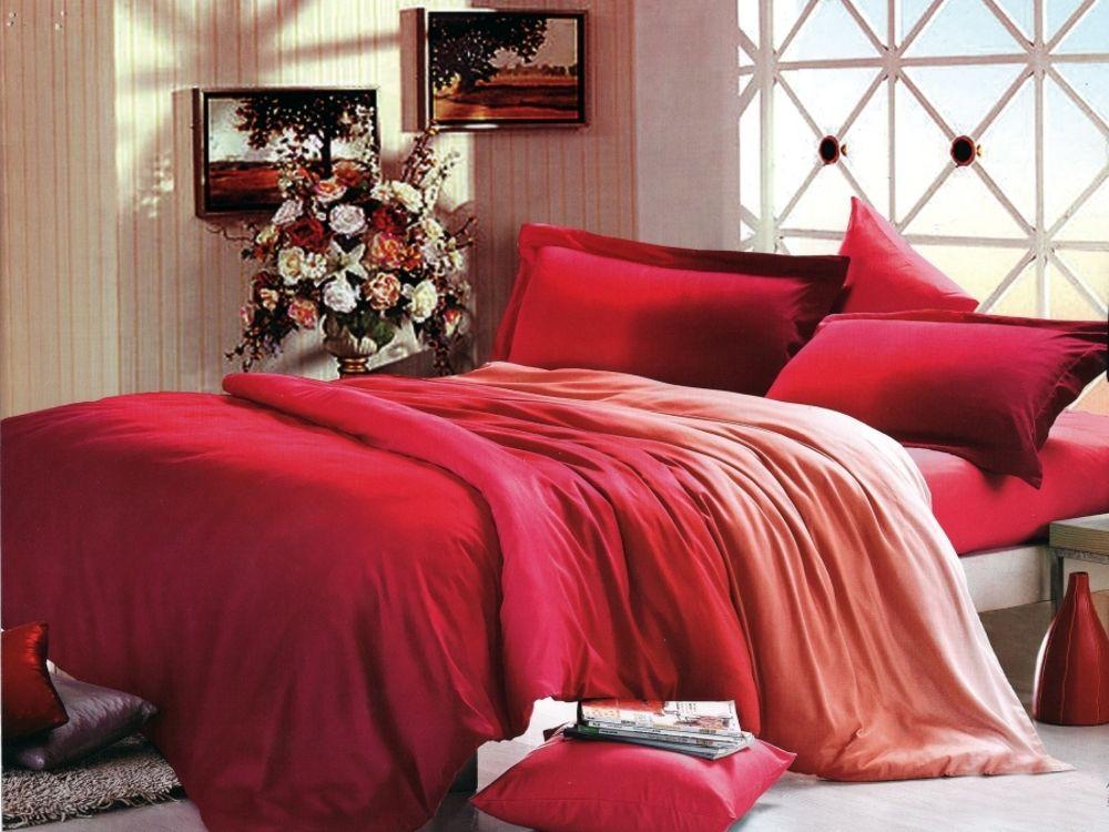 Asal kelihatan seperti kecerunan warna pada set tempat tidur Peralihan dari gelap ke cahaya membolehkan anda mendedahkan satu warna dalam semua warna