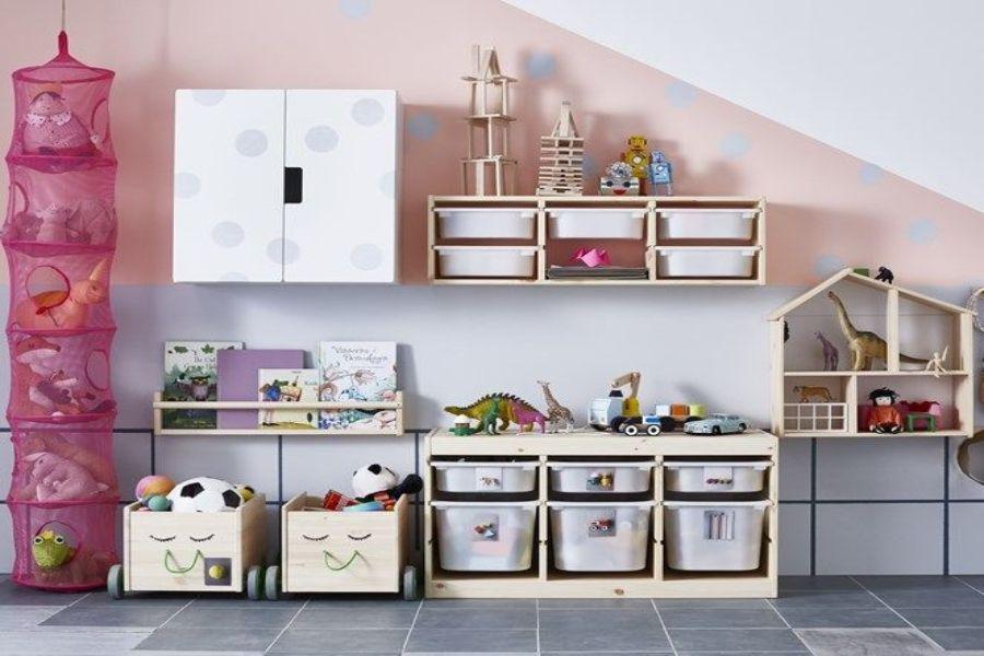 Susun atur Menarik Dalam Rumah Hebat Ruang Tamu Berselerak Dengan Mainan Anak Guna Cara Ini