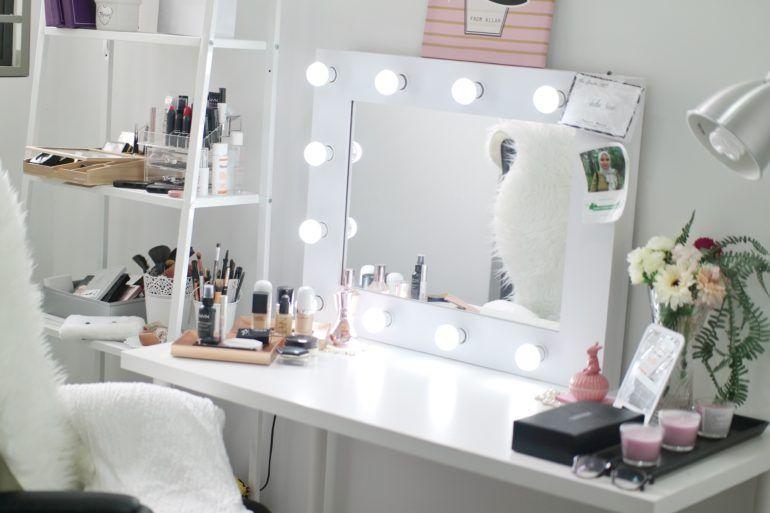 Vanity Table Dan Beauty Room Di Rumah — Before & After